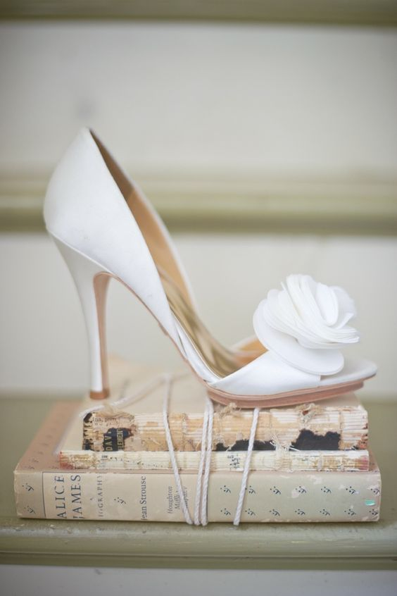 como elegir los zapatos de novia
