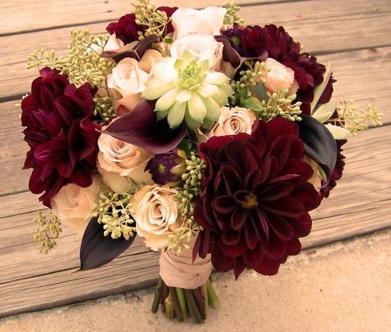 color marsala para bodas