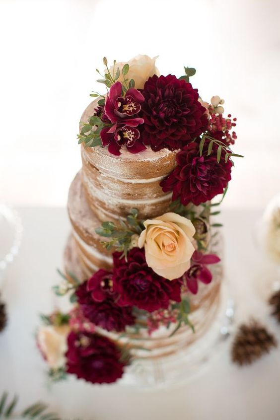 bizcocho boda color vino