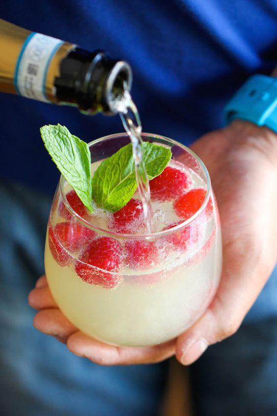 Barra de bebidas y cócteles para bodas