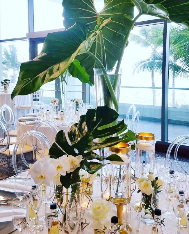 decoración para una boda tropical
