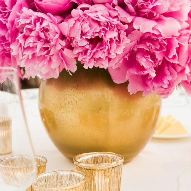 Decoración para una boda color fucsia
