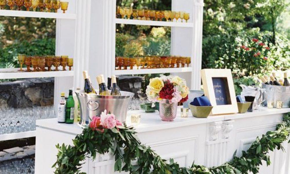 como decorar la barra de bebidas