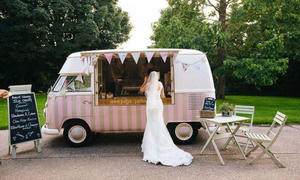Frutas y helado para refrescar tu boda en verano