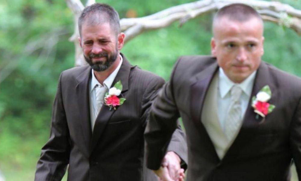 Padre detiene boda de su hija con emotivo gesto